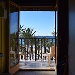Foto de Esmeralda Beach Hotel