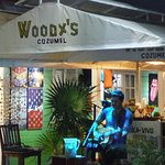 awesome live music at woody's
