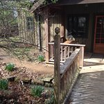 Maybelle's Cabin - front porch
