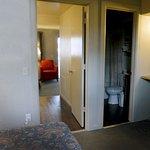 2 bedroom unit with bathroom