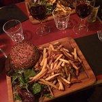 Megacheeseburger, Angus stake