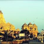 Somnath temple - Sun kissing the temple compound!!
