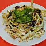 Stir fried eel with yellows chives