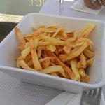 Batatas fritas intragáveis.