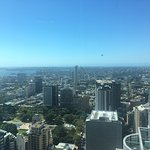 Foto di Meriton Serviced Apartments World Tower