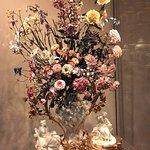 Цветы из фарфора