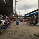 Sindhu Night market preparing for food
