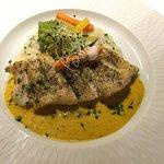 Fangfrischer Fisch mit Gemüse