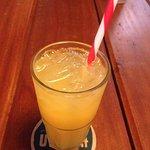 Suco refrescante para o calor cambojano!
