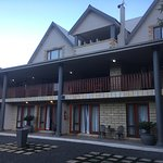 Great stay, Hannetjie and Johan are very helpful. The room was spacious and well equipped. The b