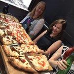 metre pizza 2