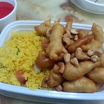 Sweet and sour chicken with cashew