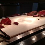 Meat on the buffet (not sure if it was supposed to be roast beef or prime rib) very dry meat!