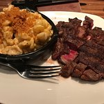 Mac n cheese, ribeye