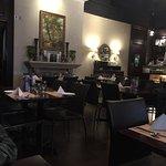 صورة فوتوغرافية لـ Okapi Cafe (Hart Ave)