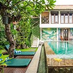 """Taman Toya"" Guestroom and Guesthouse Pool"