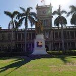 Photo of King Kamehameha Statue