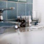 Bath - Dettaglio dei nostri bagni camera tutti con doccia e 70% con luce naturale