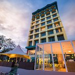 Mega View Hotel and Micasa Cafe by the river