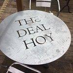 Bild från The Deal Hoy