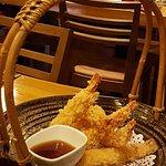 Gamberoni in tempura.