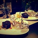 200g U.S. Black Angus Filet mit Ofenkartoffel und hausgemachter Sour Cream