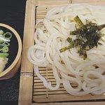 ざるうどん 550円(税込)*ざる蕎麦もあります