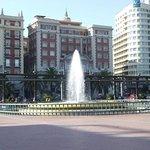 Photo of Plaza y Acera de La Marina