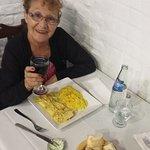 Cenando en el restaurant Las Cañas.