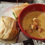 Newk's Express Cafe Photo