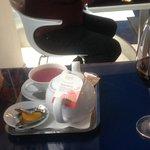 Wine and Ronnefeldt premium fruit tea