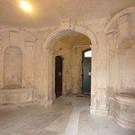Nîmes: Hall d'un ancien hôtel particulier