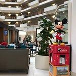 Photo de Embassy Suites by Hilton Anaheim - Orange