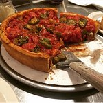 Foto de Zachary's Chicago Pizza