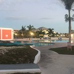 Foto de Sandyport Beach Resort