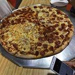 Φωτογραφία: Papa's Pizza