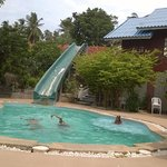 Kids pool & the waterslide