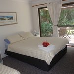 Rooms contain 1 Queen Bed and 1 Single Bed and ensuite.