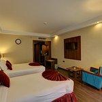 Imagen de Parsian Enghelab Hotel