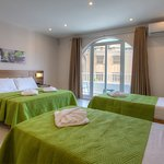 Photo de Cerviola Hotel