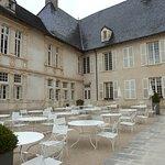 Terrasse, accueil du Château de Pizay