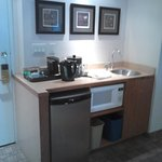 Facilities/kitchen area in Suite Room 709