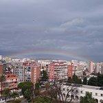Vista desde la habitación ,tras la lluvia el arco iris.