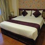 Photo of Flower Hotel