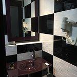 Foto de JC Rooms Santo Domingo Hotel