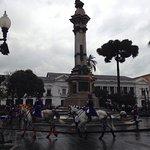 Photo de Plaza de la Independencia (Plaza Grande)