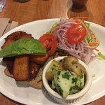Delicious 100% plant based restaurant. Would recommend this place to anyone! Great food