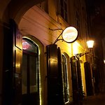 Nice restaurant and bar.