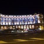 Photo de Piazza della Repubblica
