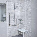 Gleneagle Hotel Bathroom